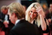 Que va faire Pamela Anderson à l'Assemblée nationale ?