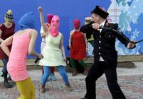 Vidéo: les Pussy Riot fouettées par la police