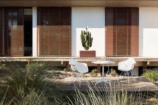 Design iconique : la chaise DAR de Vitra par Eames