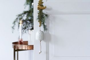 Pour Noël, je décore mes portes !