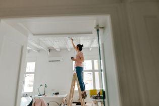Tout savoir pour peindre son plafond comme un pro