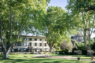 Le Domaine de Fontenille : entre luxe et simplicité au cœur de la Provence