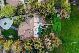 Maison de star : la villa de Miley Cyrus est à vendre, visite guidée