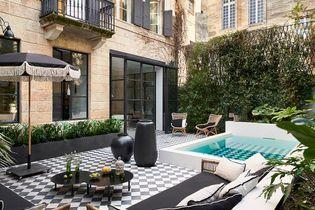 Un hôtel particulier bordelais prend des airs de riad