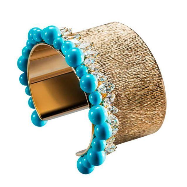 Pour Silhouette Larges Bracelet Bracelets Une LargeLes Plus Beaux 8kN0nwOXZP