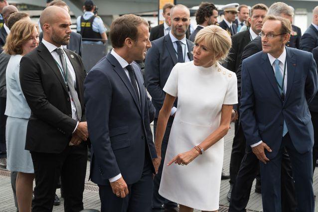 Brigitte Looks Première Dame Ou BlancLa Rouge Photos MacronEn osBQCxdthr