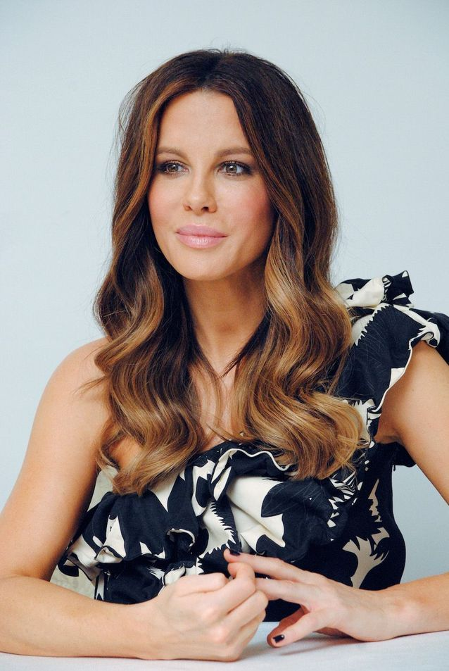 Kate Beckinsale Lion
