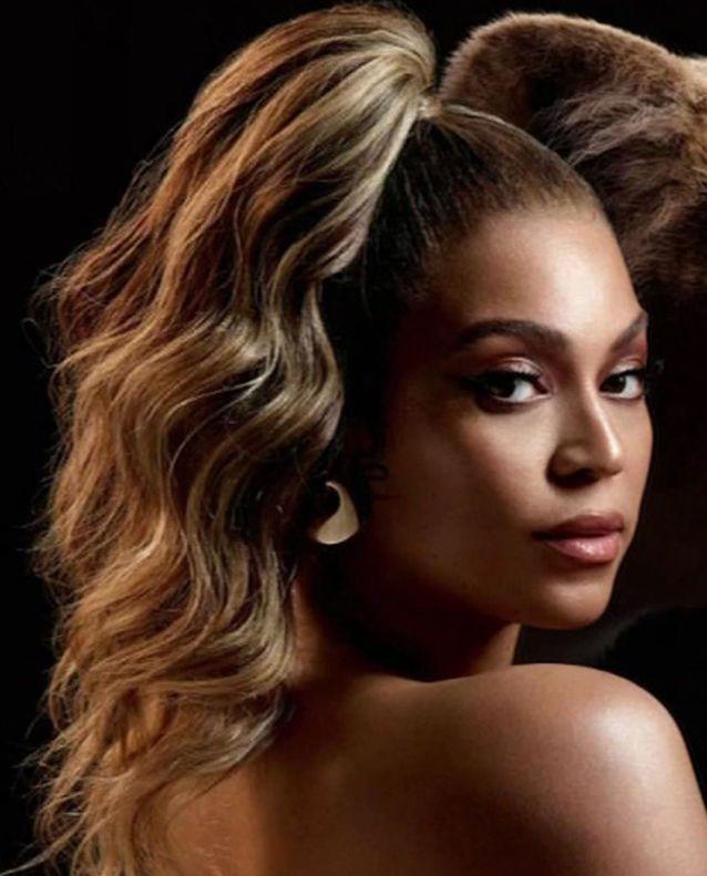 Beyoncé et sa queue de cheval haute pour le Roi Lion
