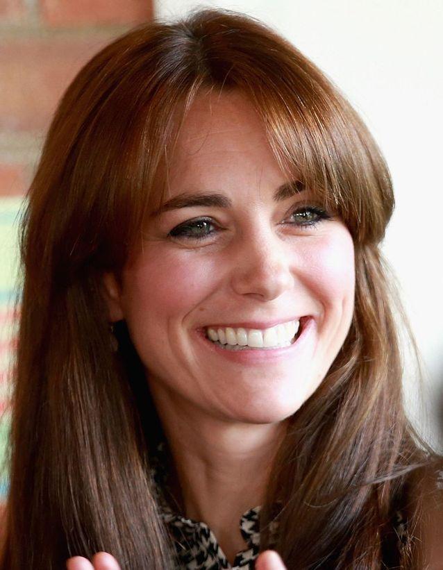 Coiffure Kate Middleton à frange