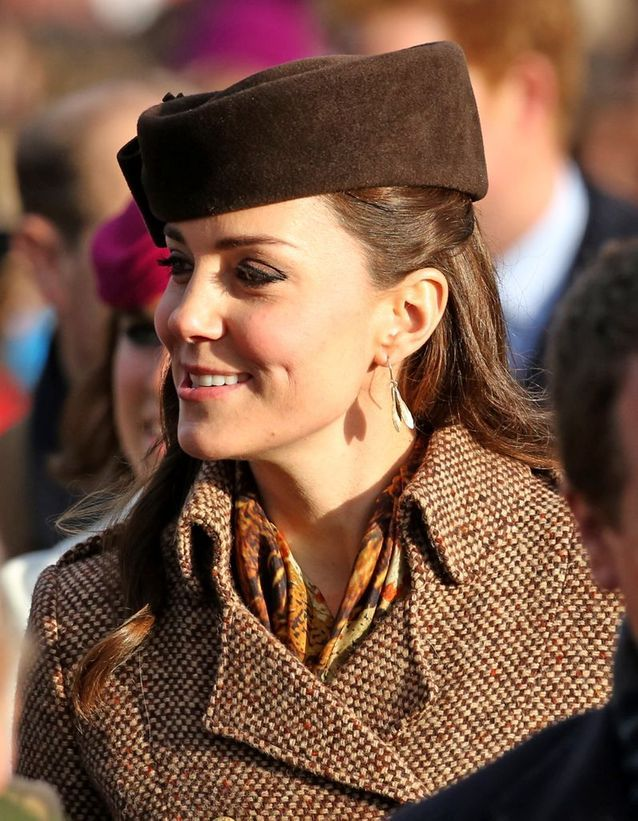 Coiffure Kate Middleton avec béret