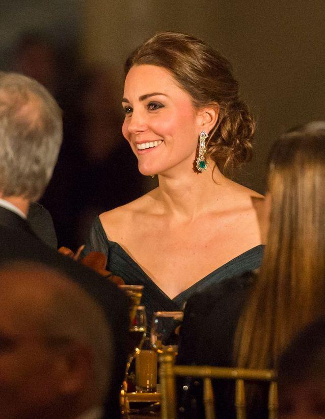 Coiffure Kate Middleton chignon tressé