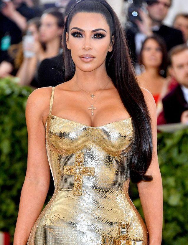 La coiffure half-up de Kim Kardashian au Met Ball 2018