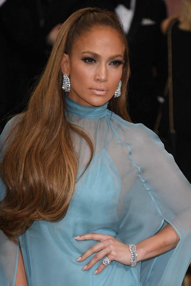L'allure très 90s de Jennifer Lopez