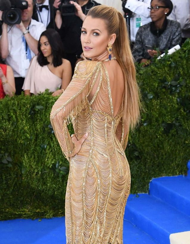 La queue-de-cheval fougueuse de Blake Lively