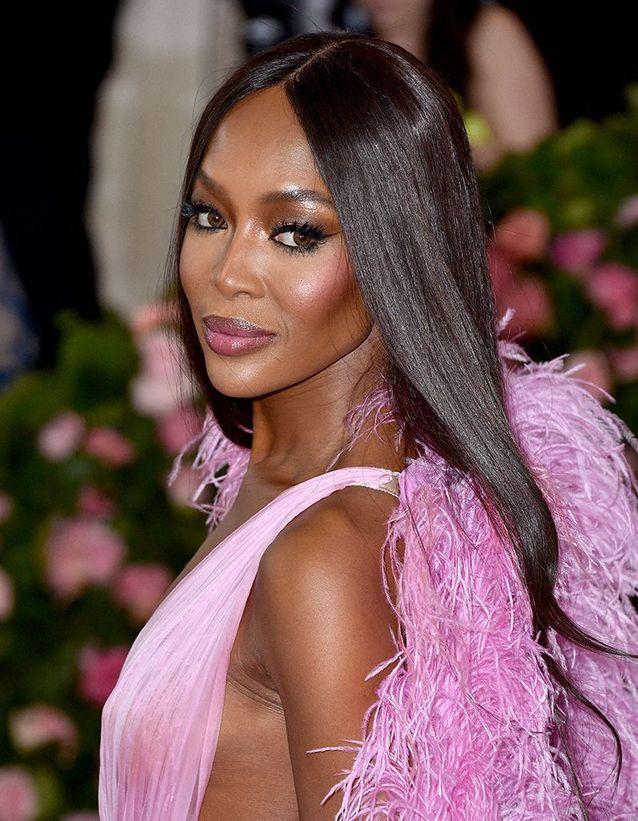 Le maquillage accordé à la robe de Naomi Campbell au Met Ball 2019