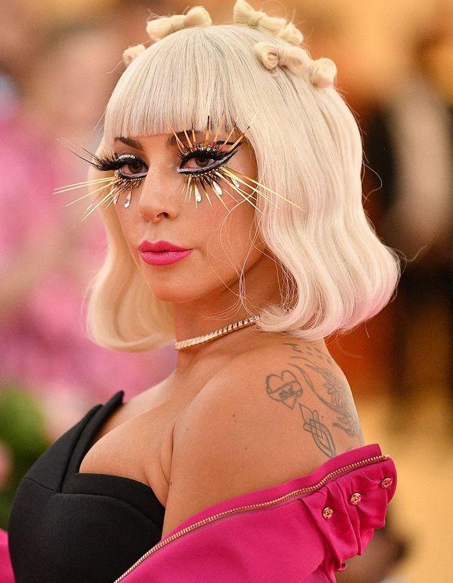 Les cils XXL de Lady Gaga au Met Ball 2019