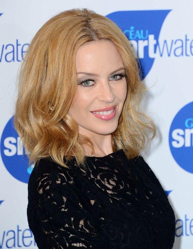 Kylie Minogue après son relooking extrême en 2014