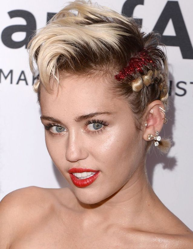 Miley Cirus après son relooking extrême en 2015