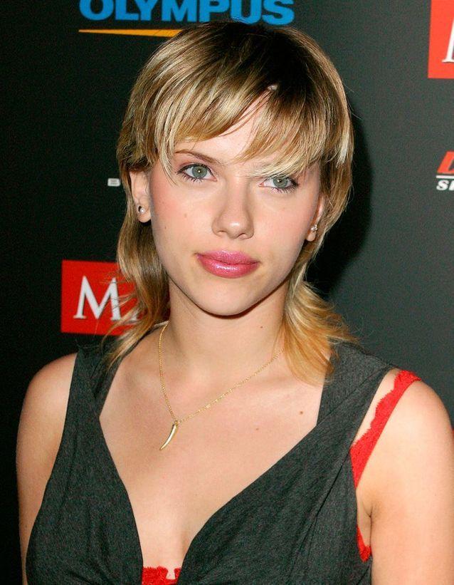 Scarlett Johansson avant son relooking extrême en 2003
