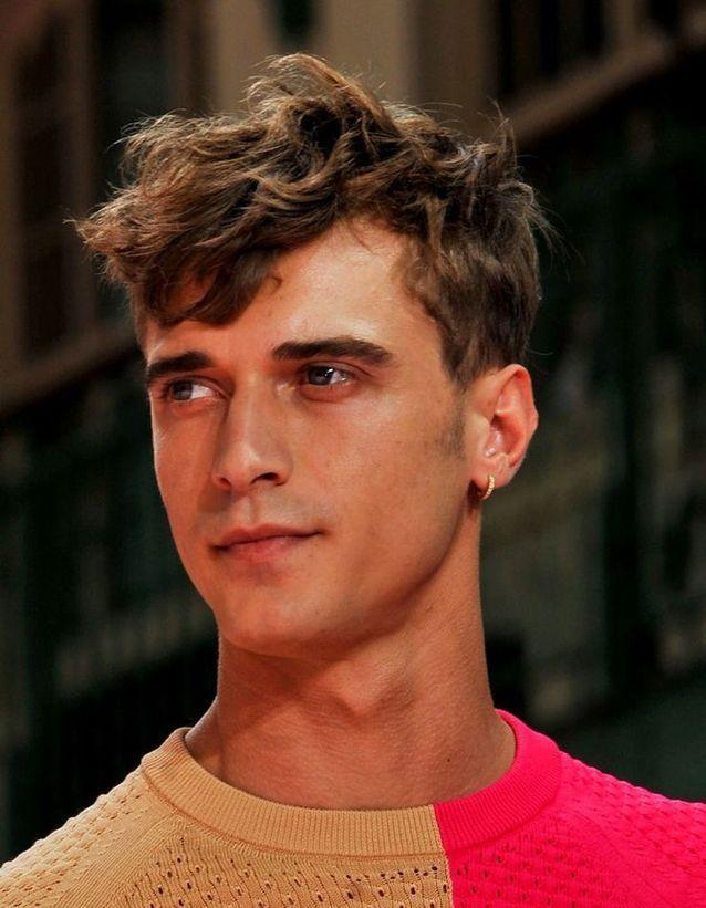 Photo de coupes de cheveux à la mode pour un garçon