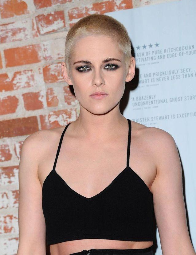 Kristen Stewart a surpris tout le monde avec ses cheveux rasés