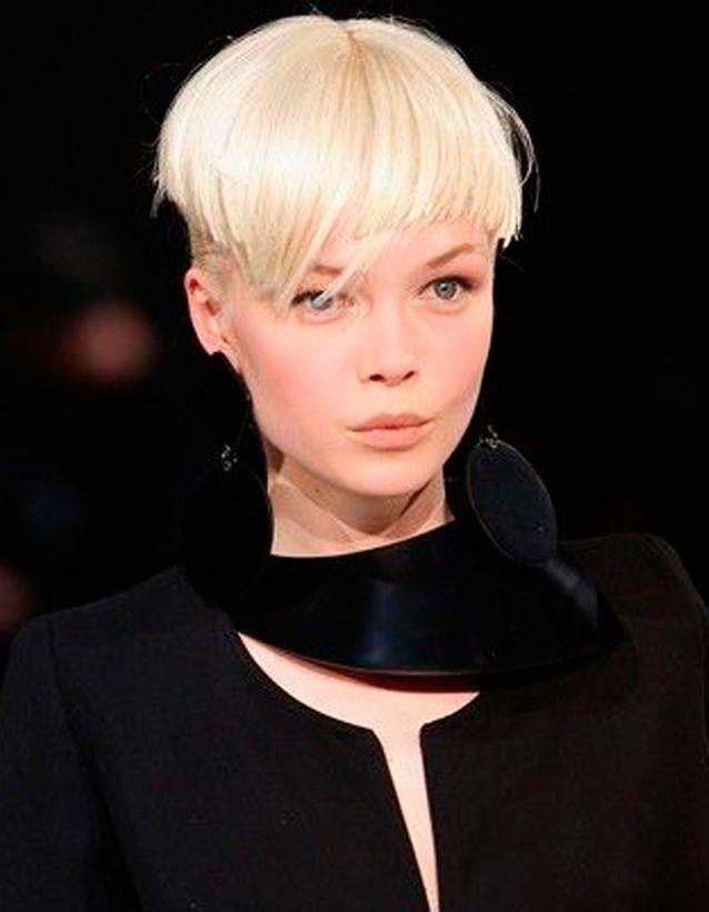 Coupe de cheveux courte pour femme hiver 2016