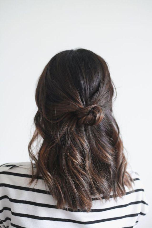 Cheveux attachés brun automne-hiver 2016