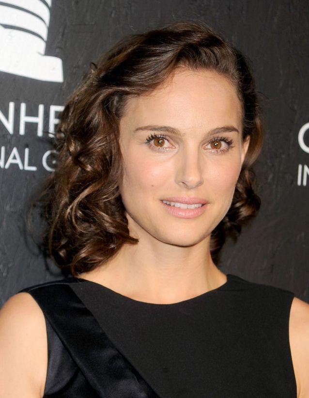 Natalie Portman et ses cheveux bruns naturels