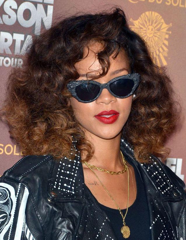 Rihanna et ses boucles naturelles