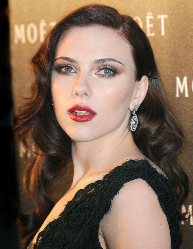 Scarlett Johansson et sa coloration brune