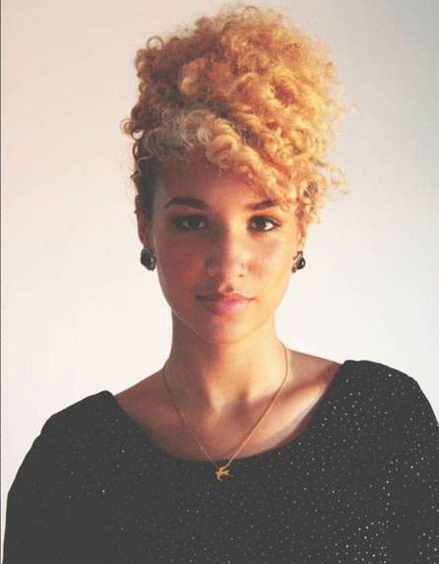 Idée coiffure cheveux crépus naturels