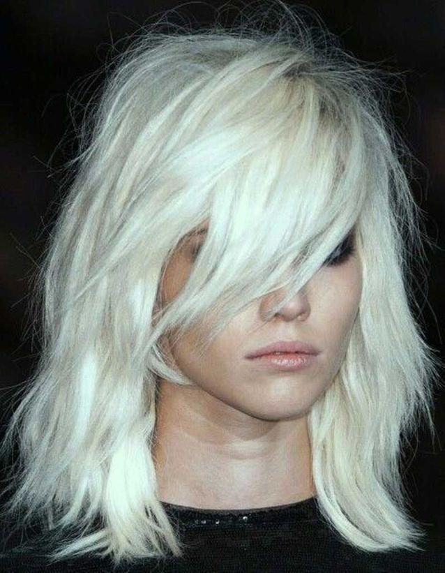 Coiffure cheveux fins visage long