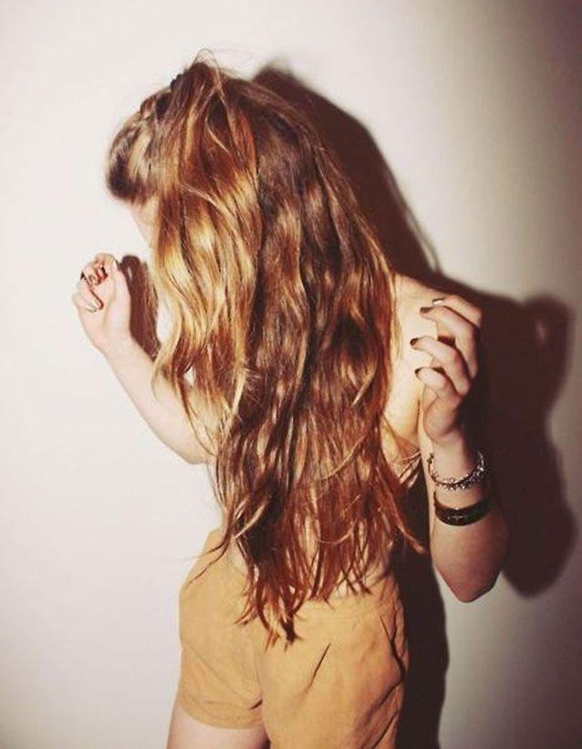 Un wavy wild sur cheveux cuivrés