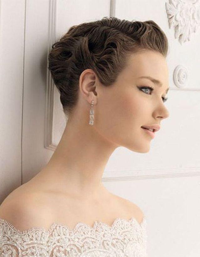 Chignon de mariage cheveux courts