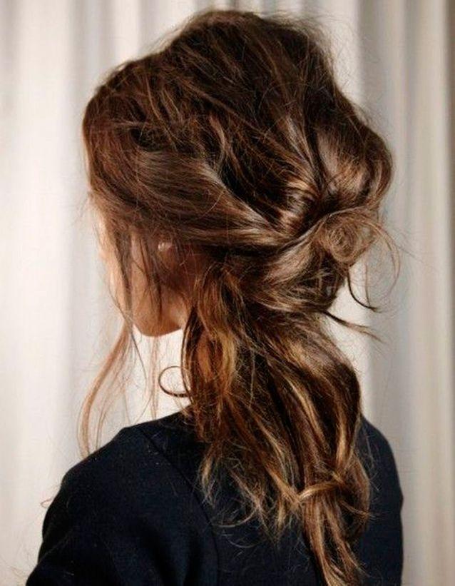 Coiffure coiffée décoiffée wavy