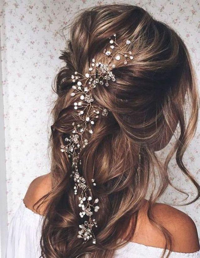 Coiffure demoiselle d'honneur cheveux lachés