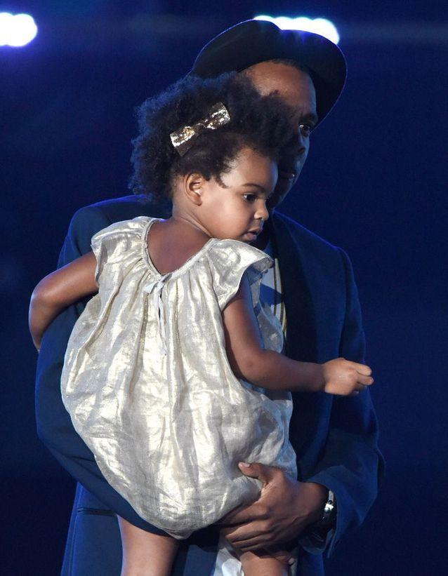Coiffure enfant : la coupe de cheveux afro de Blue Ivy