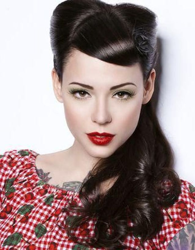 Coiffure vintage pin-up