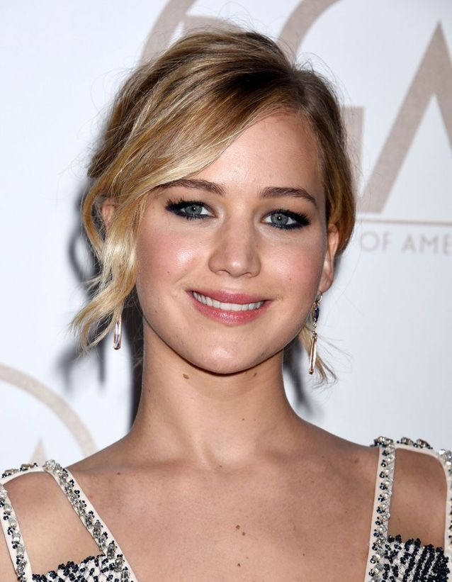 Après : Jennifer Lawrence blonde