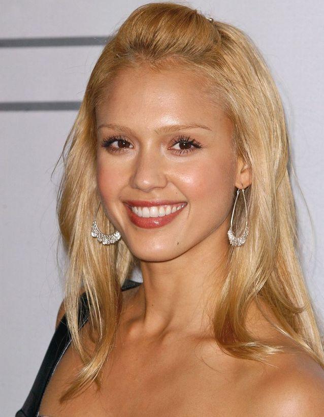 Avant : Jessica Alba blonde
