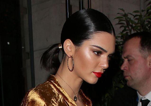 Kendall Jenner Prouve Que Les Filles Aux Coupes Courtes Peuvent