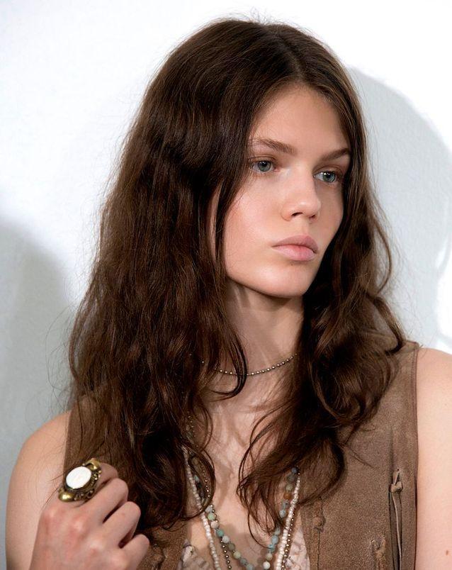 Coiffure bohème cheveux longs