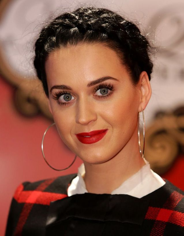 La tresse couronne de Katy Perry
