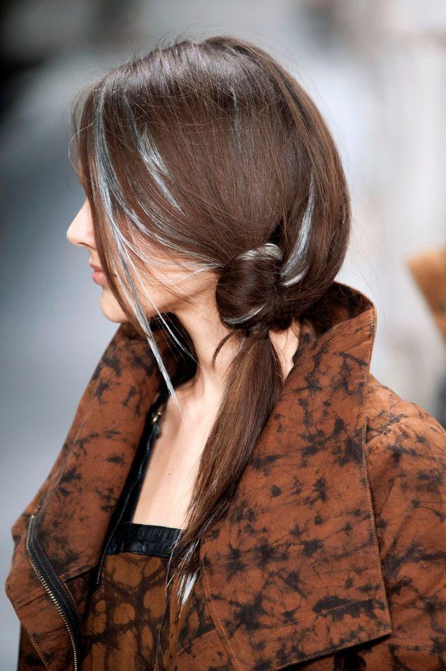 La queue-de-cheval cheveux courts du défilé Nicholas K