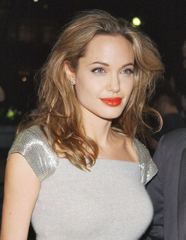 Angelina Jolie en blonde