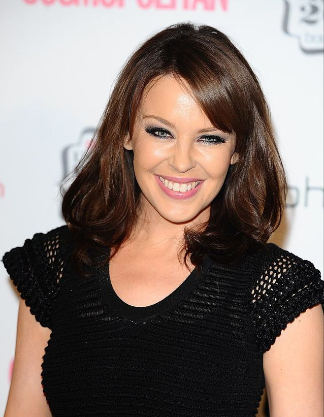 Kylie Minogue en brune