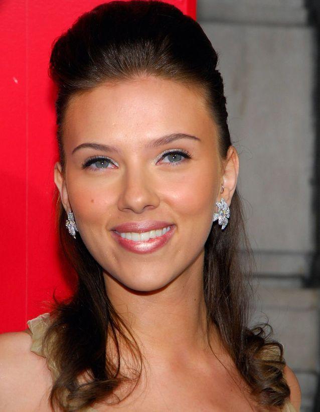 Scarlett Johansson en brune