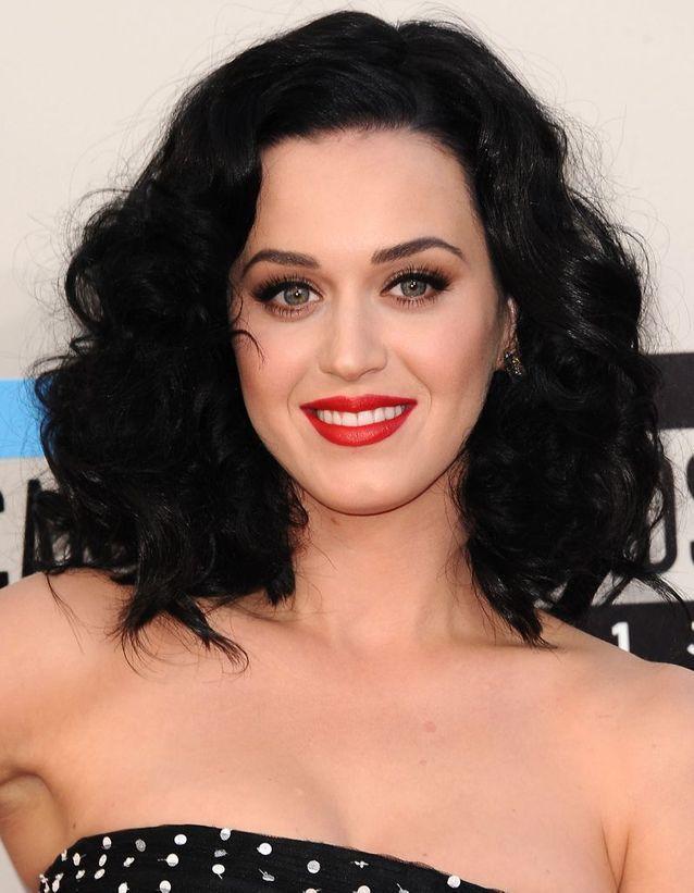 Katy Perry en brune