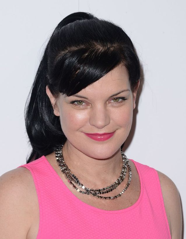 Pauley Perrette en brune
