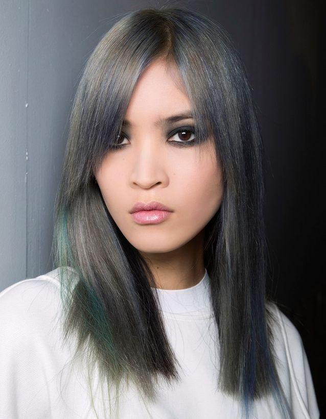 Coloration grise bleutée